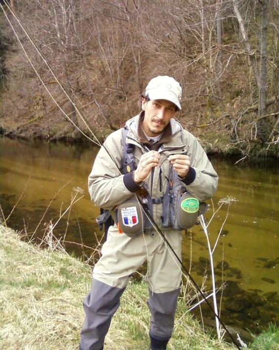 Moniteur guide de pêche en Rhône Alpes