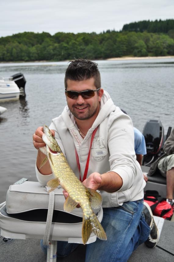 Moniteur guide de pêche en Indre anthony guimpier