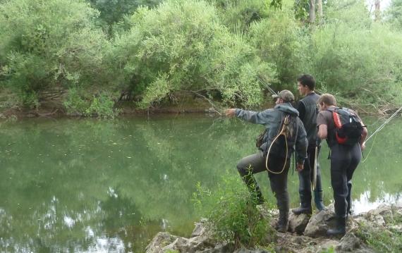 moniteur guid epeche erreka fishing