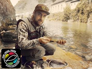 moniteur guide de pêche à la mouche albarine